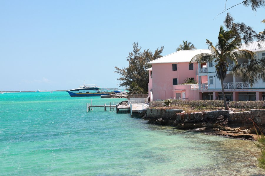 453 Great Exuma (George Town - Peace and Plenty H )